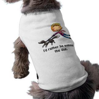 Estaría caminando bastante el perro playera sin mangas para perro