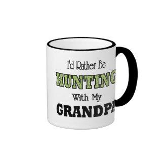 Estaría cazando bastante con el abuelo taza a dos colores