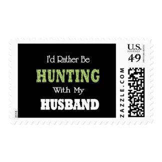 Estaría cazando bastante con mi marido sello
