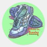 Estaría corriendo bastante - las zapatillas de pegatinas redondas