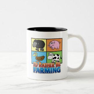 ¡Estaría cultivando bastante! (granjero virtual) Taza Dos Tonos