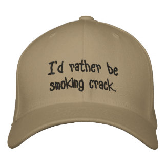 Estaría fumando bastante la grieta gorra bordada