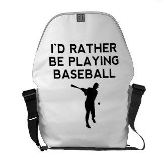 Estaría jugando bastante a béisbol bolsa de mensajería