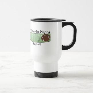 Estaría jugando bastante a fútbol tazas de café