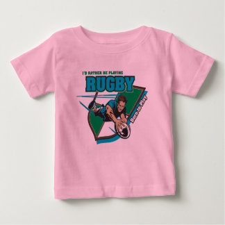 Estaría jugando bastante a rugbi tee shirt