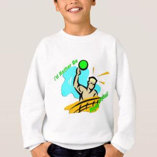 Estaría jugando bastante a voleibol sudadera
