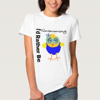 Estaría nadando bastante el polluelo camisas
