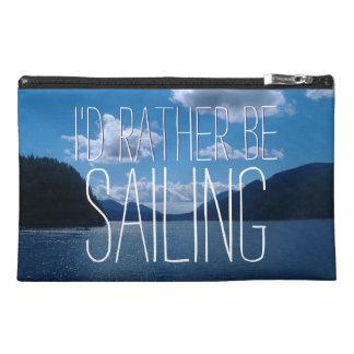 Estaría navegando bastante el agua chispeante