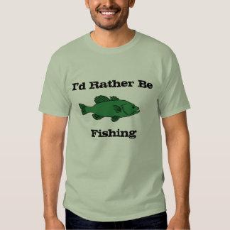 Estaría pescando bastante la camiseta playeras
