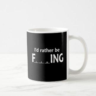 Estaría pescando bastante - pesca divertida tazas de café