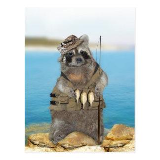 Estaría pescando bastante tarjeta postal
