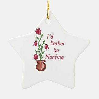 Estaría plantando bastante adorno navideño de cerámica en forma de estrella