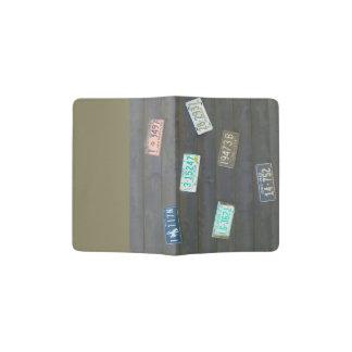 Estas placas viejas porta pasaporte