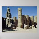 Estatua asentada de Ramesses II Póster