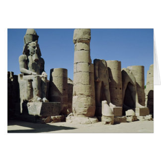 Estatua asentada de Ramesses II Tarjetón
