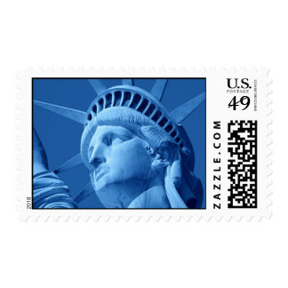 Estatua azul del franqueo de New York City de la Estampillas