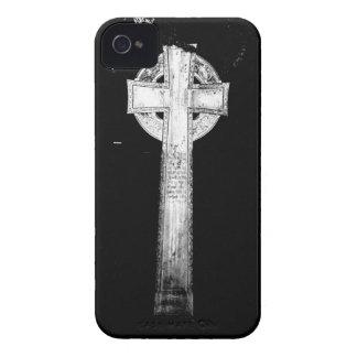 Estatua cruzada vieja iPhone 4 Case-Mate cárcasa