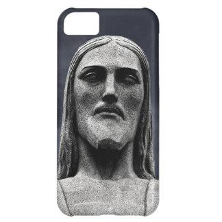 Estatua de Cristo Redentor en la montaña de Corcov