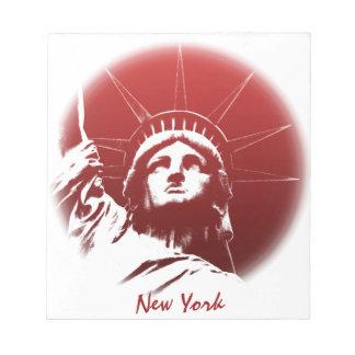 Estatua de encargo de la libreta de Nueva York del Bloc De Notas