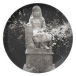 Estatua de Gracie Platos De Comidas