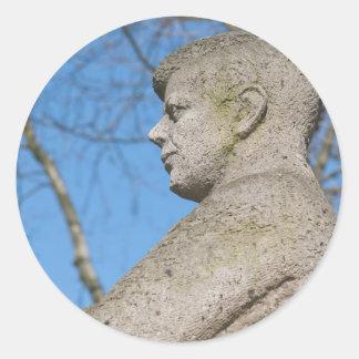 Estatua de John F. Kennedy en Bonn Pegatinas Redondas