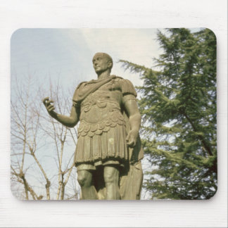 Estatua de Julio César Alfombrillas De Ratones