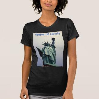 Estatua de la camisa de la libertad