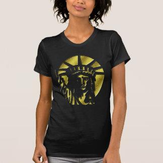Estatua de la camiseta grabada en relieve oro del