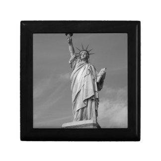 Estatua de la libertad 3 joyero cuadrado pequeño