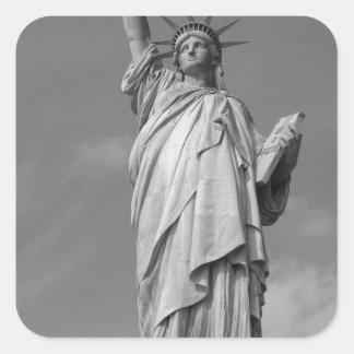 Estatua de la libertad 3 pegatina cuadrada