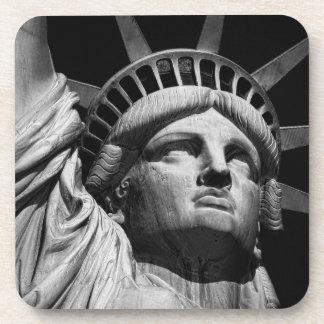 Estatua de la libertad 8 posavasos de bebidas