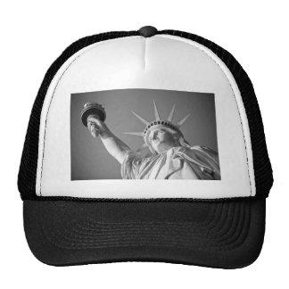 Estatua de la libertad blanca negra gorro de camionero