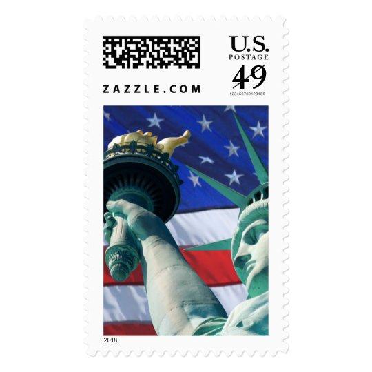Estatua de la libertad el 4 de julio los E.E.U.U. Sello