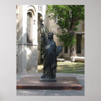 Estatua de la libertad en París Póster