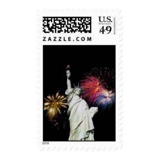 Estatua de la libertad - fondo de los fuegos sellos