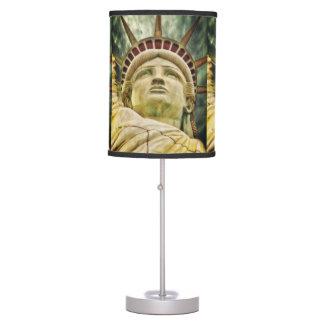 Estatua de la libertad lámpara de mesilla de noche
