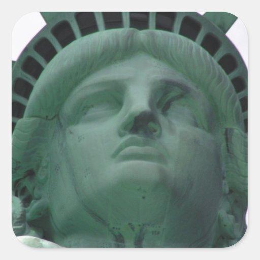 Estatua de la libertad pegatina cuadrada