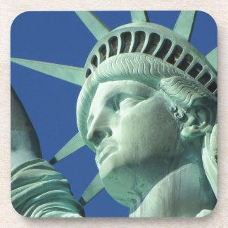 Estatua de la libertad posavasos de bebidas