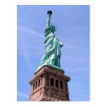 Estatua de la libertad - postal de la vista latera