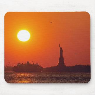 Estatua de la libertad, puerto de Nueva York, NY,  Alfombrilla De Raton