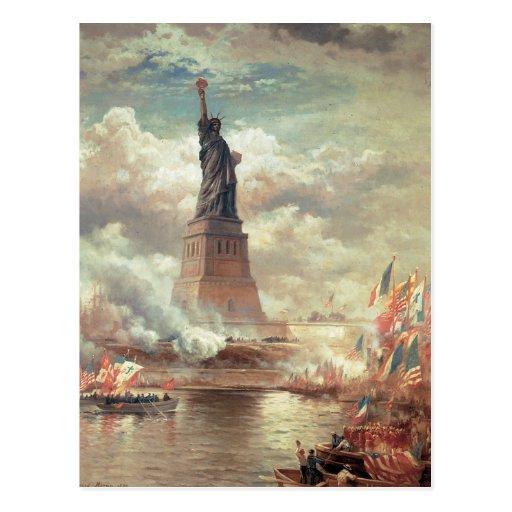 Estatua de la libertad que aclara el mundo postal