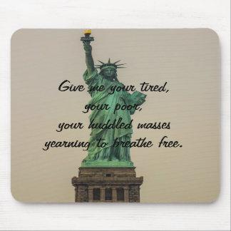 Estatua de la libertad tapetes de ratón