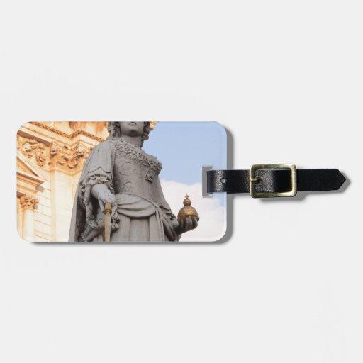 Estatua de la reina etiqueta de maleta