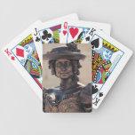 Estatua de la señora baraja de cartas