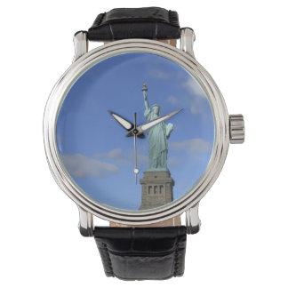 Estatua de las señoras del reloj de la libertad