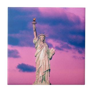 Estatua de libertad azulejo ceramica