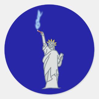 Estatua de libertad cigarro statue of liberty ciga pegatina redonda