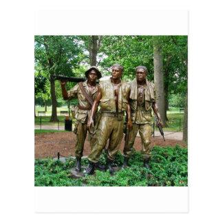 Estatua de los tres militares tarjetas postales