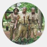 Estatua de los tres veterinarios de la guerra de pegatina redonda