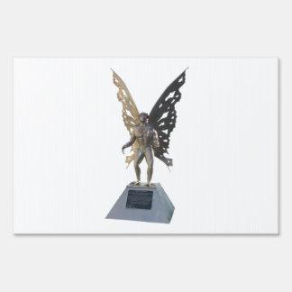 Estatua de Mothman del punto Virginia Occidental a Señal